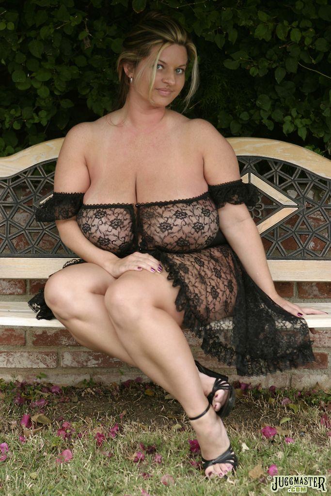 Maria Moore Nude 29