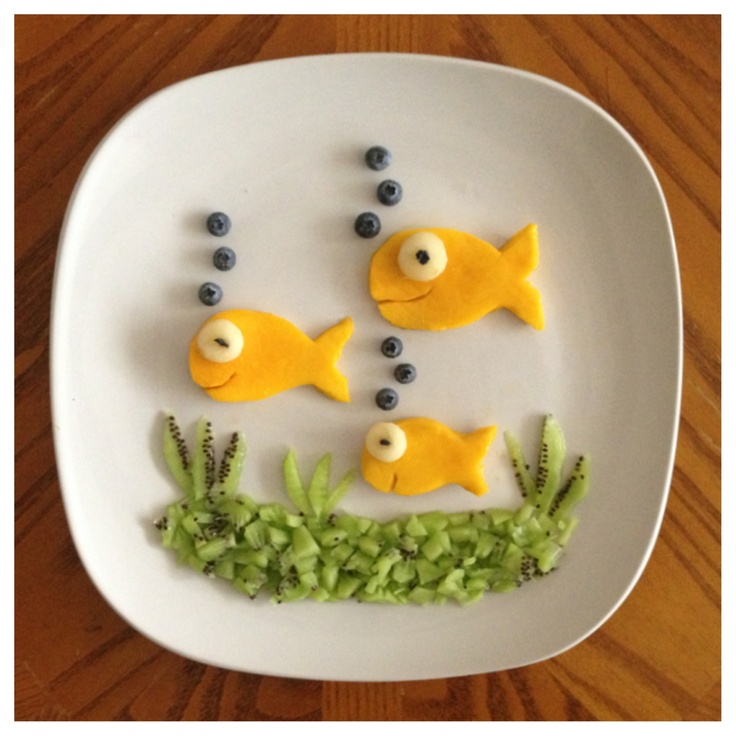 Fish Food!  Visit pinterest.com/arktherapeutic for more fun food and #feedingtherapy ideas