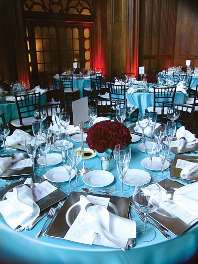 Idea For Tablecloth And Setting A Little Crowded Though