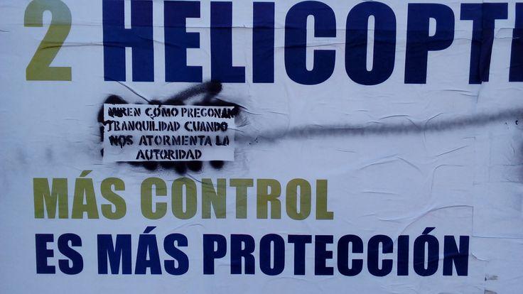 Cartel de la policía provincial de Santa Fe intervenido con un fragmento de una canción de Violeta Parra,Rosario.