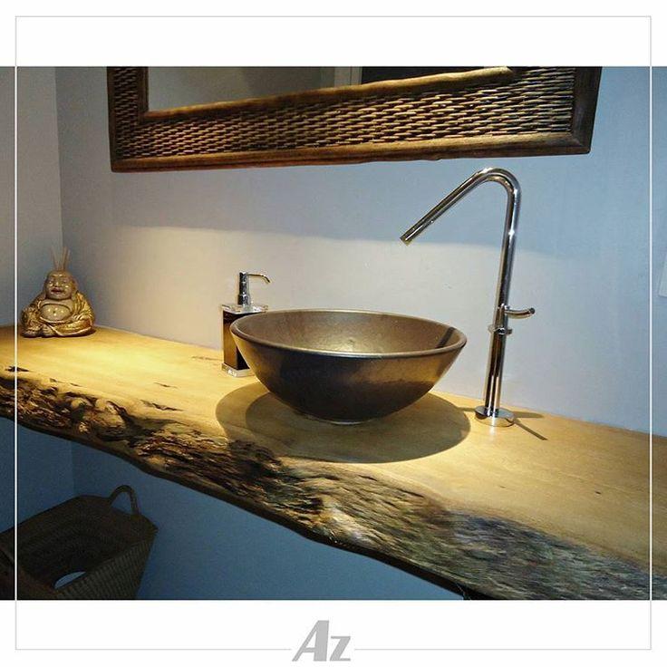 Dê um toque rústico, charmoso e natural para o seu banheiro com as bancadas em madeira maciça da Az #Az #moveisrusticos #moveisartesanais #moveis #rustico #artesanal #feitoamao #bancada #lavabo #banheiro #madeira #madeiranatural #natural #decor #decoracao #decoracaodeinteriores #designrustico #charmerustico #exclusivos #cubas #cubasexpostas #moderno #contemporaneo#serragaucha #bentogoncalves #pintobandeira