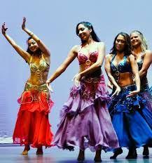 2108311804, 6946898760 Παραδίδονται μαθήματα ιδιαίτερα ή ομαδικά κατ' οίκον, καθώς και σε συλλόγους, από δασκάλα χορού με δεκαπενταετή εμπειρία.  Οριεντάλ, λάτιν (σάλσα, μπατσάτα, μερένγκε), σάμπα κ αφροβραζιλιάνικοι, χιπ χοπ κ ρεγγετόν, ελληνικοί χοροί.  Επίσης προετοιμάζονται χορογραφίες γάμου. Πατήσια, Γαλάτσι, Σεπόλια, Άγιοι Ανάργυροι,  Χαλκηδόνα, Ίλιον, κέντρο και πιο μακρινές περιοχές με ανάλογη τιμή.