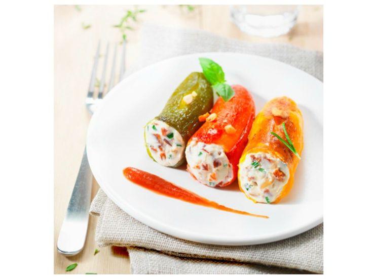 Le printemps arrive dans votre assiette avec cette recette colorée de mini-poivrons farcis au St Môret®, idéale pour l'apéritif !                                                                                                                                                     Plus