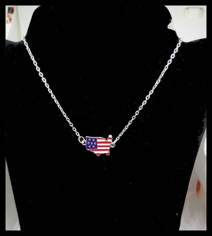 Voici ce que je viens d'ajouter dans ma boutique #etsy : #Collier #silhouette des Etats-Unis et #drapeau #américain http://etsy.me/2Bkukkt #bijoux #collier #argent #noel  #etatsunis #states #cadeau