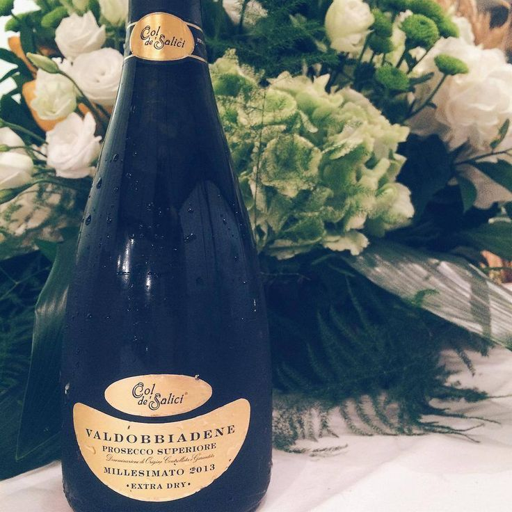 Col de' Salici Prosecco at a Summer Wedding in Tuscany #cdv #cdvino #coldesalici