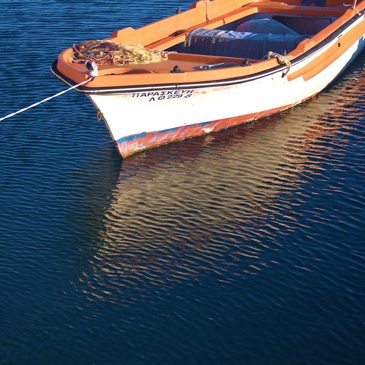 Βάρκα στη μαρίνα της Καλαμαριάς (Οκτώβριος 2017)