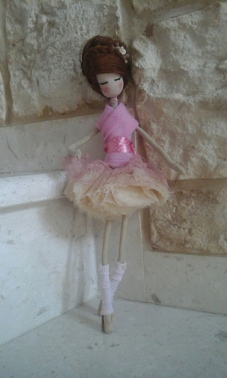 This is the first doll i made.I realy loved it !!!!I