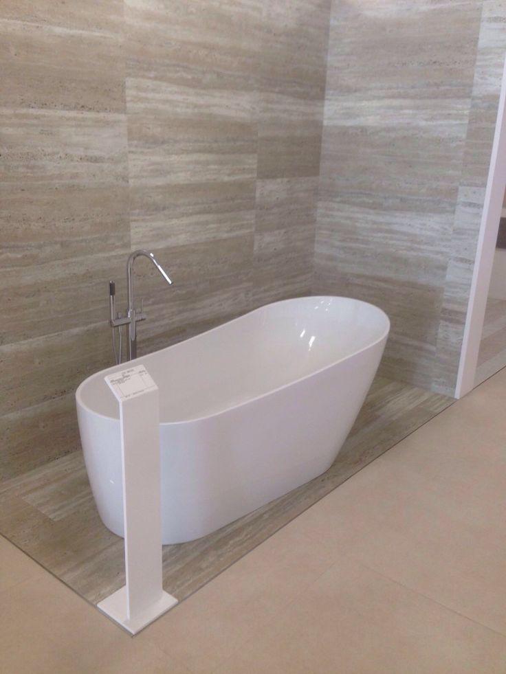 Nuestra bañera Dalia en la exposición de Ceballos, Granada.