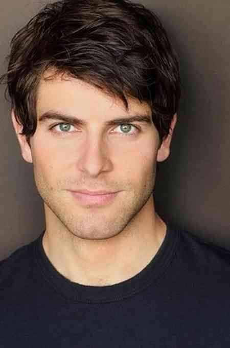 David Giuntoli..To answer some questions the MAIN reason I watch Grimm lol.