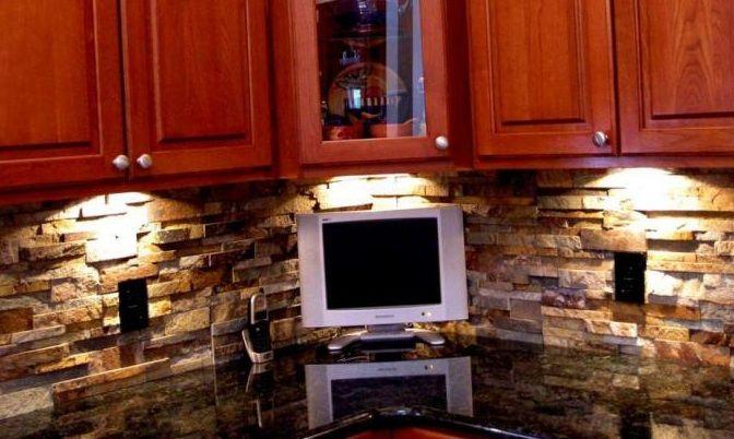 ochre stone veneer backslash kitchen | backsplashes | pinterest