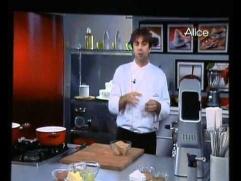 delizia alla mandorla e albicocche 1 3 - YouTube