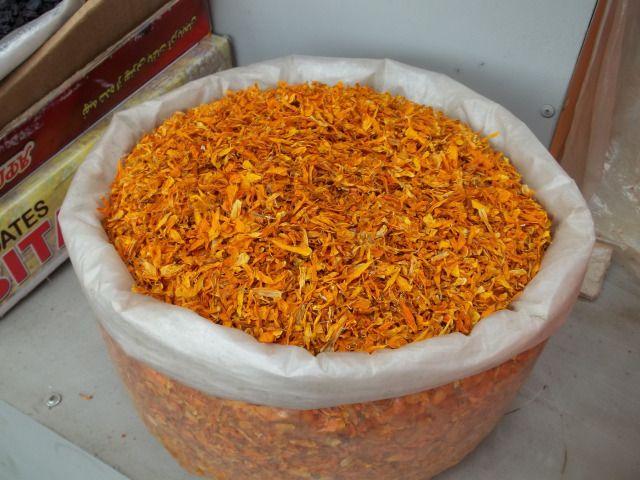 Dried Marigold Flower Petals #kneelandmercado
