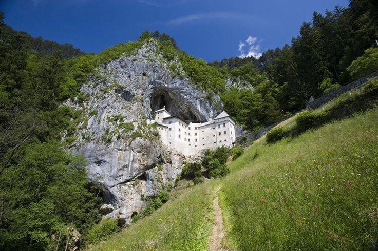 Predjama - zamek w jaskini, Predjamski Grad, Słowenia historia, cennik - Podróże