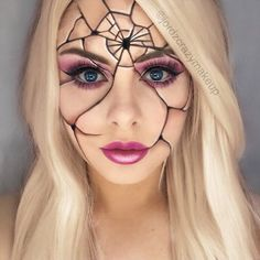 21 scary halloween makeup looks to be the queen of horror