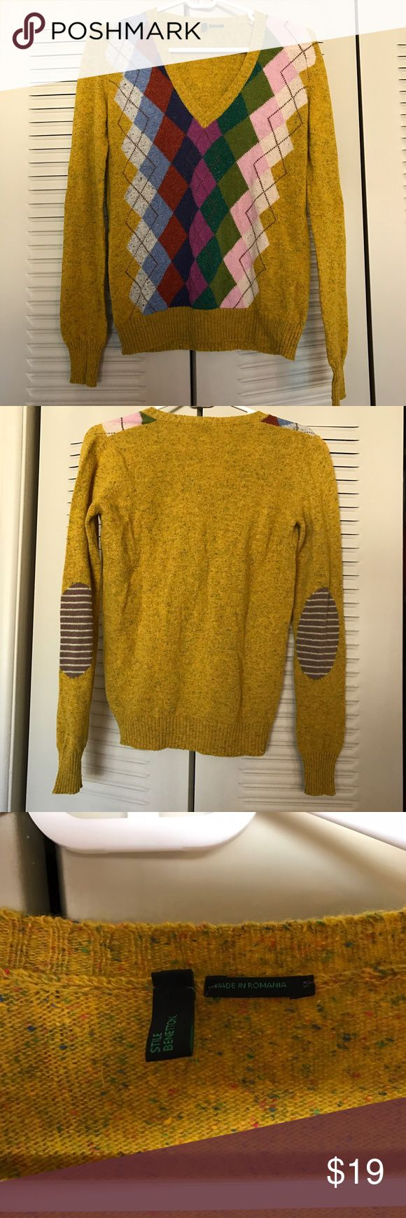 Benetton Argyle Sweater Size S. Great condition. V-neck. Adorable elbow pattern. 50% wool. United Colors Of Benetton Sweaters V-Necks