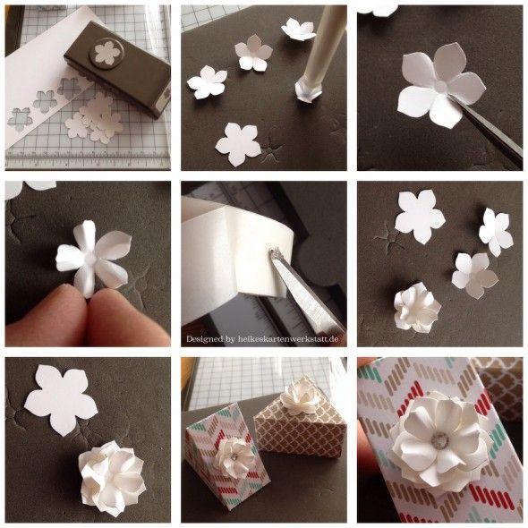 kleine 3D-Blümchen mit der Petite Petals-Stanze