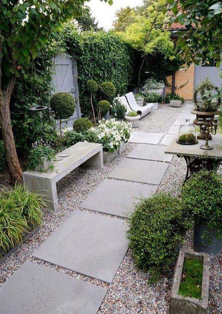 Plus De 20 Meilleurs Ornements Muraux De Plantes Qui Rendent Votre Maison Belle Maison Meilleurs Mura Small Patio Garden Small Garden Design Small Gardens