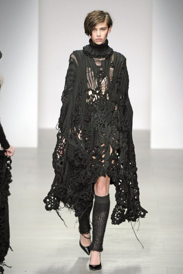 #Crochet on the Runway from Sister by Sibling (Autumn/Winter 2014 #Fashion Week)