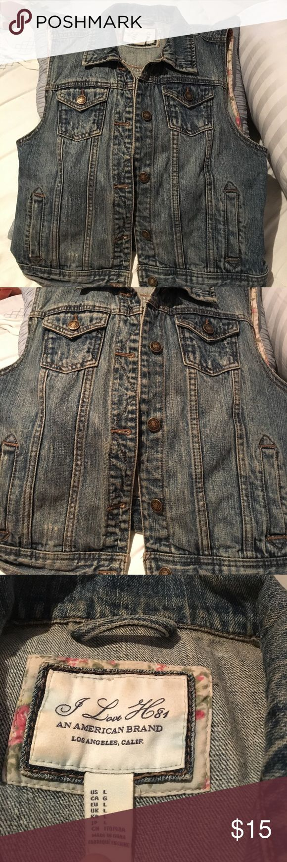 Sleeveless jean jacket Worn handful of times but like new no tares or stains bought from forever 21 Forever 21 Jackets & Coats Jean Jackets