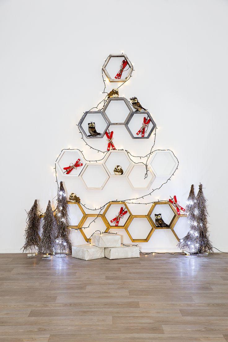 ŚWIĘTA CORAZ BILIŻEJ ! ! spraw sobie prezent na święta. Półki heksagony wykonane z litego drewna sosnowego. Ułóż swój kształt