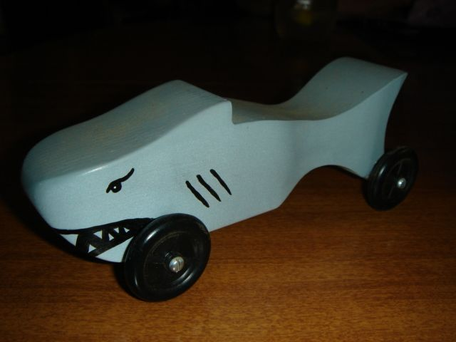 17 best images about pinewood derby cars on pinterest for Pinewood derby shark template
