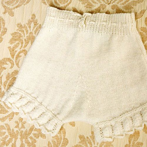 Organic Hand Knit Frill Bloomers from PoshTots