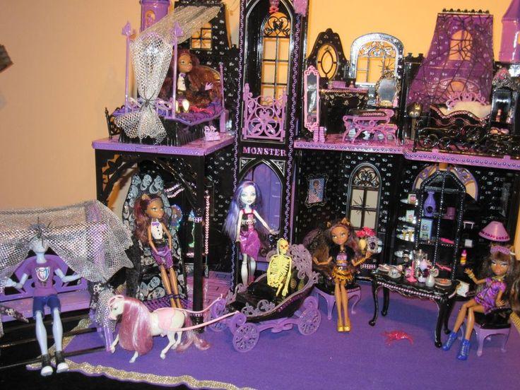 Monster High Schloss Unikat Barbie Villa Haus Spectra Clawdeen Wolf LED in Spielzeug, Puppen & Zubehör, Mode-, Spielpuppen & Zubehör | eBay