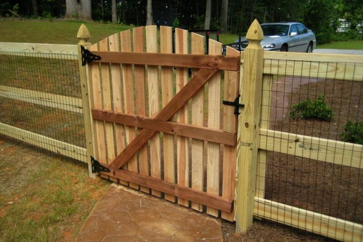 Ranch Style Wood Fence Designs Wood Fences   Able Fence Builders Inc