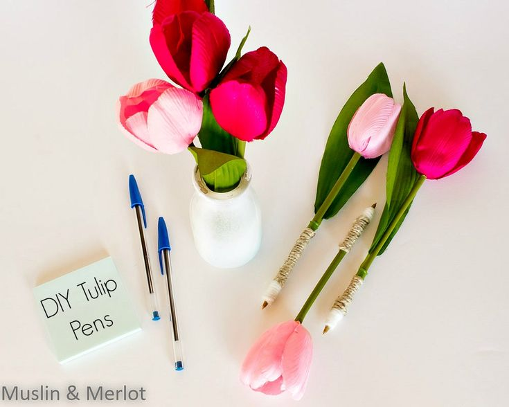Turn fake flowers into pens.                      Gloucestershire Resource Centre http://www.grcltd.org/scrapstore/