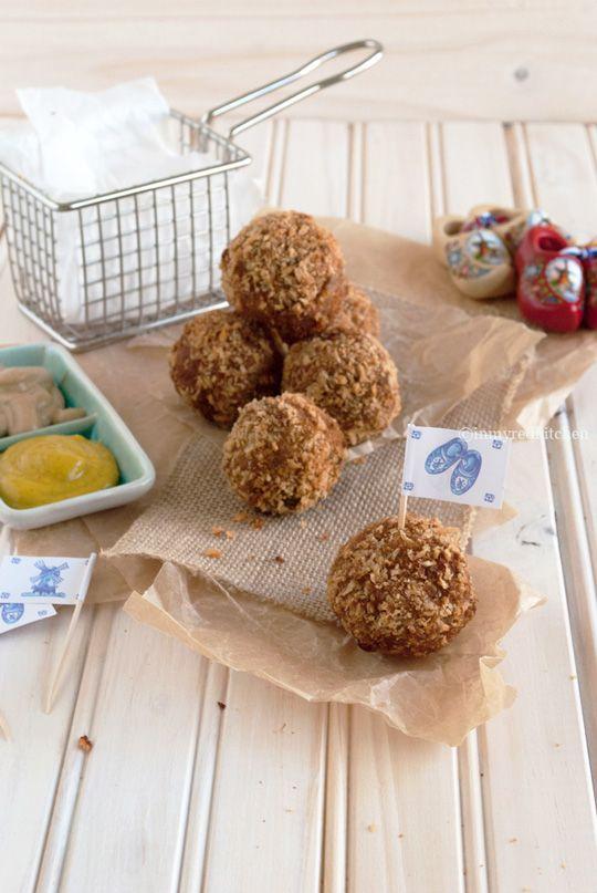 Porcini bitterballen 'Dutch croquettes'