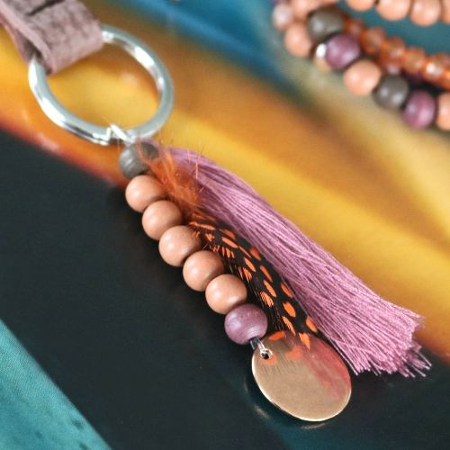Unendliche Möglichkeiten: Holzperlen in natürlichen Trend Farben