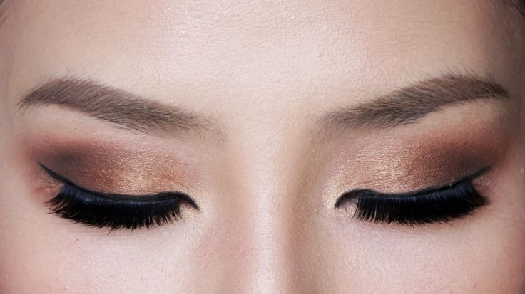 Bronze Smokey Eye Makeup