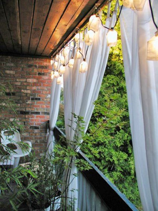 Best 25 balcony curtains ideas on pinterest apartment patio decorating ap - Decoration petit balcon ...