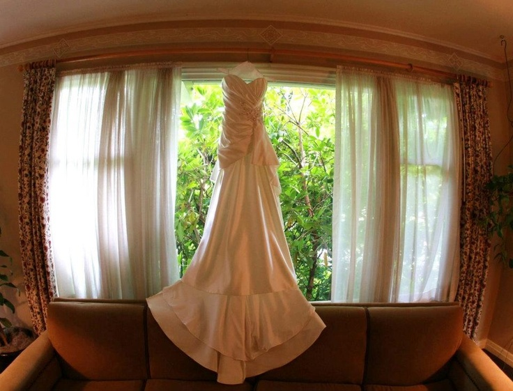 Visit http://www.fabufashion.com/  to learn details about Fabulous U custom gown