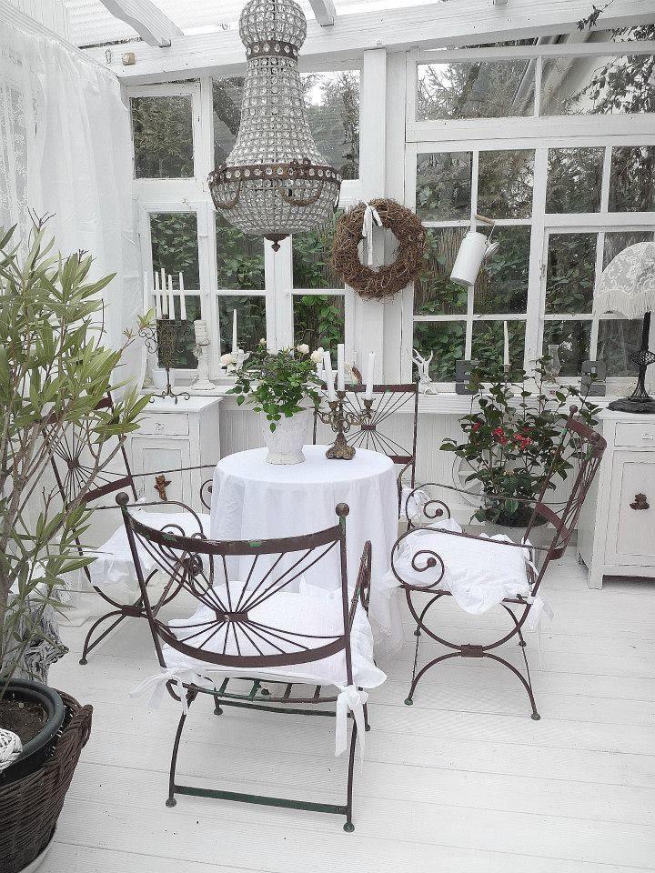 Oltre 1000 idee su giardino shabby chic su pinterest - Shabby chic giardino ...