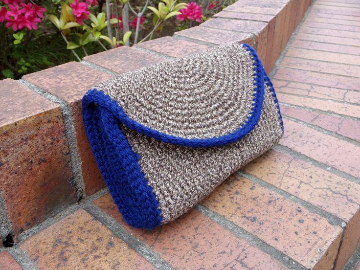 crochet clutch bag もっと見る