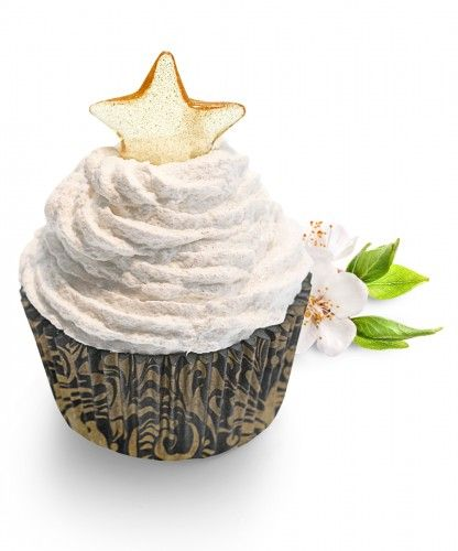 This glamorous soap with glitter is based on a fruity mix of pear, apple and melon on a mixture of floral scents of roses and violet, refined with musky notes.  This is a guarantee of luxury and pleasure. The cupcake is finished with a glittering bath pearl, as a shining star.