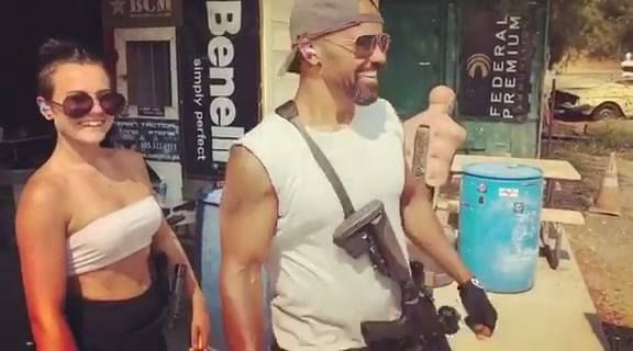 Shemar Moore getting his Wick on. Second training session for S.W.A.T. Premiers: Thursday Nov 2 at 10pm on CBS. Trijicon, Inc. GLOCK Bravo Company USA 5.11 Tactical Jessica Hook Janna Reeves Ashley Rheuark Rubber Dummies Michael Halverson Mr Target Benelli Blade-Tech Holsters Ionbond Premium Firearm Coatings 87eleven Action Design #tactical #survival #military#offthegrid #touchoftactical @touch.of.tactical