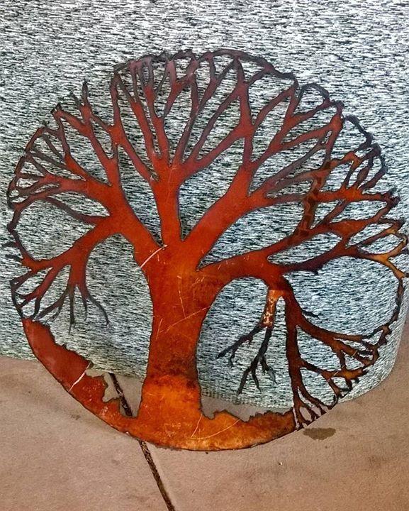 Plasma cut tree I cut from a drum lid.