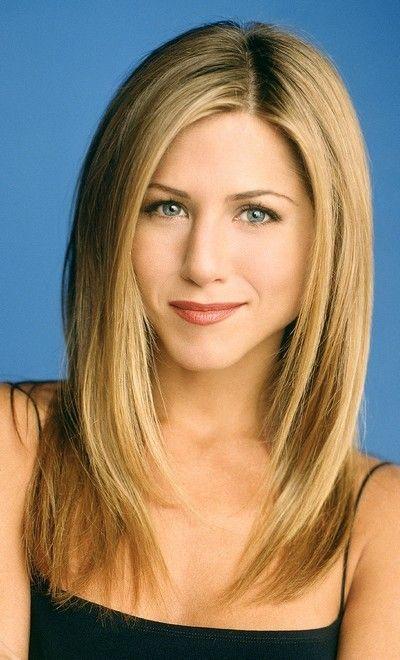 Jennifer Aniston : ses cheveux longs dégradés en décembre 2002