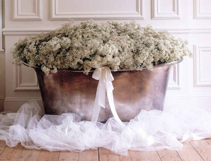 The New Way To Style Gypsophila — Wedding Floral Trend