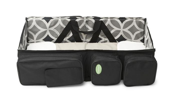 Baby Travel � A Bag That Turns Into a Baby Couch | http://www.designrulz.com/product-design/2012/08/baby-travel-a-bag-that-turns-into-a-baby-couch/