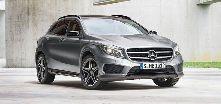 Por dimensiones y concepto, se puede comparar con modelos como el BMW X1, el Audi Q3 o el Range Rover Evoque. De todos ellos, el GLA es el que goza de un mejor coeficiente aerodinámico (Cx de 0,29).