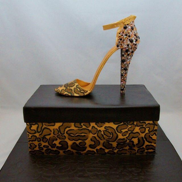 Stiletto with shoe box cake