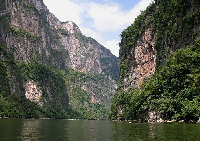 Cañon del Sumidero in #Chiapas #Mexico www.inmexico.net
