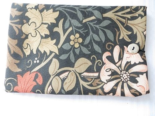 Tablet  Cover William Morris Compton Padded.