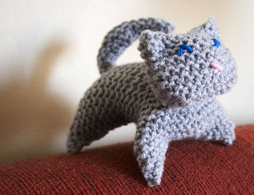 Ravelry: Knitted Kitty pattern by Lillian