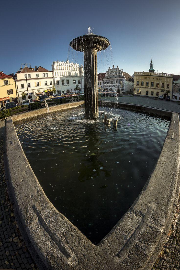 https://flic.kr/p/zrhoYn | Fountain | Sušice