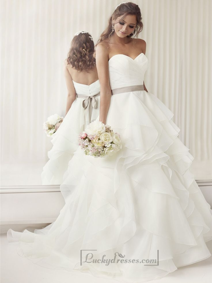 Elegant Sweetheart A-line Ruched Wedding Dresses with Layered Skirt Sale On LuckyDresses.com With Top Quality And Discount