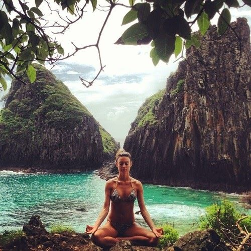 Meditation what a beautiful place to do it gorgeous area for Places to do yoga
